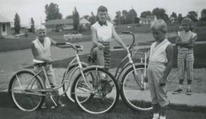 suburbs1950s515x299